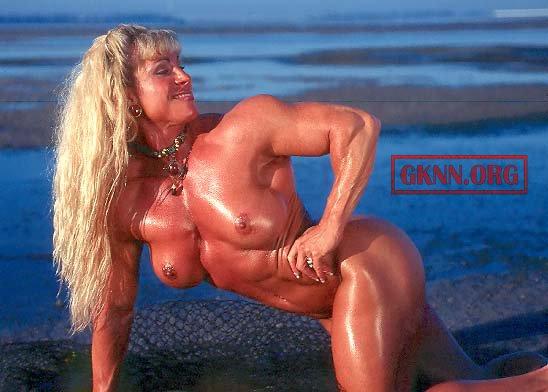 Christi wolf nude cheerleader butt